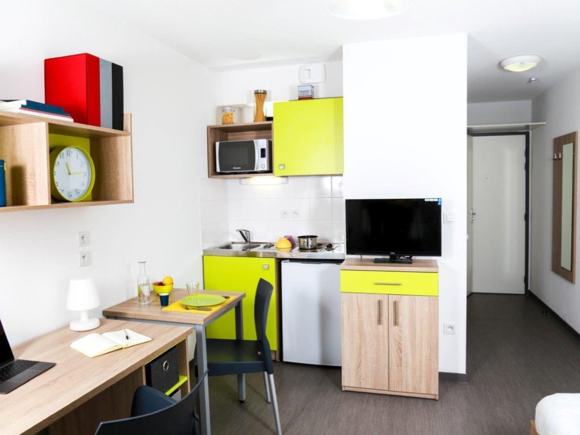 studio meubl angers belle beille. Black Bedroom Furniture Sets. Home Design Ideas