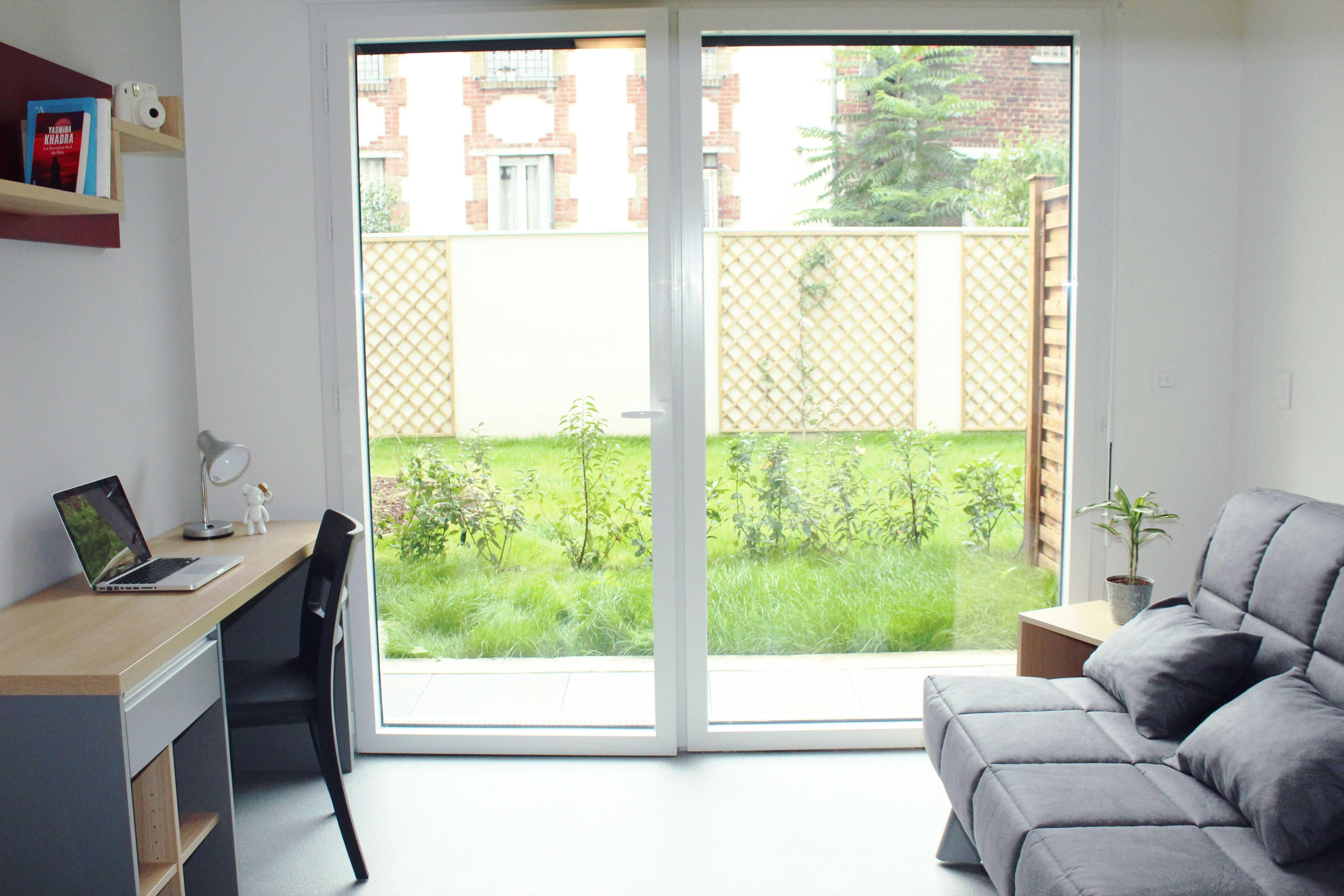 azimut 92 700 colombes r sidence service tudiant. Black Bedroom Furniture Sets. Home Design Ideas