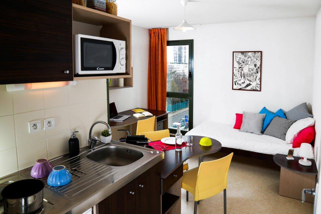 cap 39 etudes fontenille 42300 roanne r sidence service tudiant. Black Bedroom Furniture Sets. Home Design Ideas