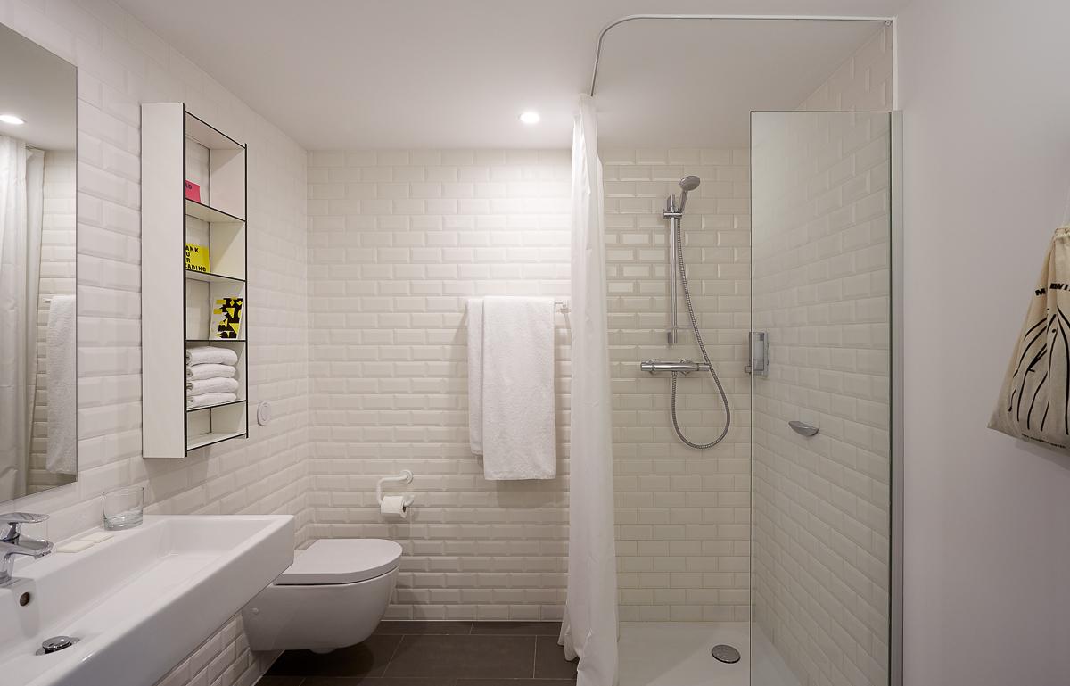 location tudiant chambre individuelle confort avec balcon. Black Bedroom Furniture Sets. Home Design Ideas