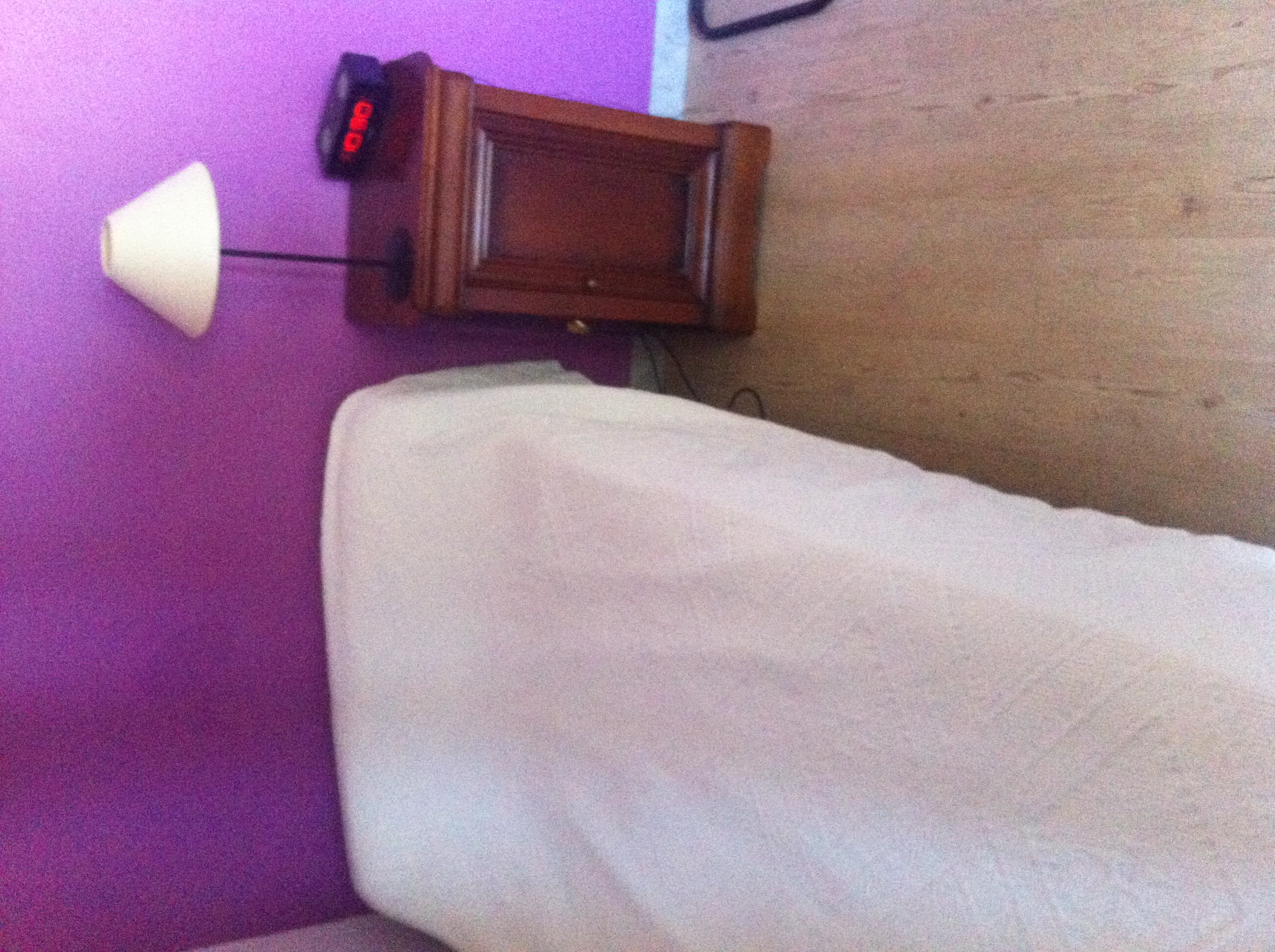 colocation tudiant tudiant et s nior intergenerationnelle. Black Bedroom Furniture Sets. Home Design Ideas
